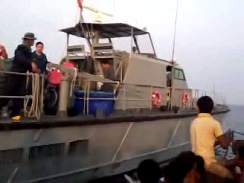 Thailand: Fleeing Rohingya Shot in Sea by Navy